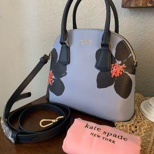 New kate spade 🦋 satchel/ crossbody